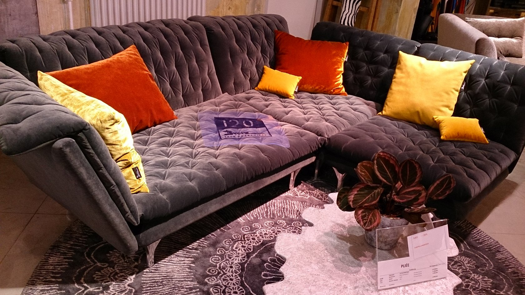 bretz sales pliee bretz store frankfurt. Black Bedroom Furniture Sets. Home Design Ideas