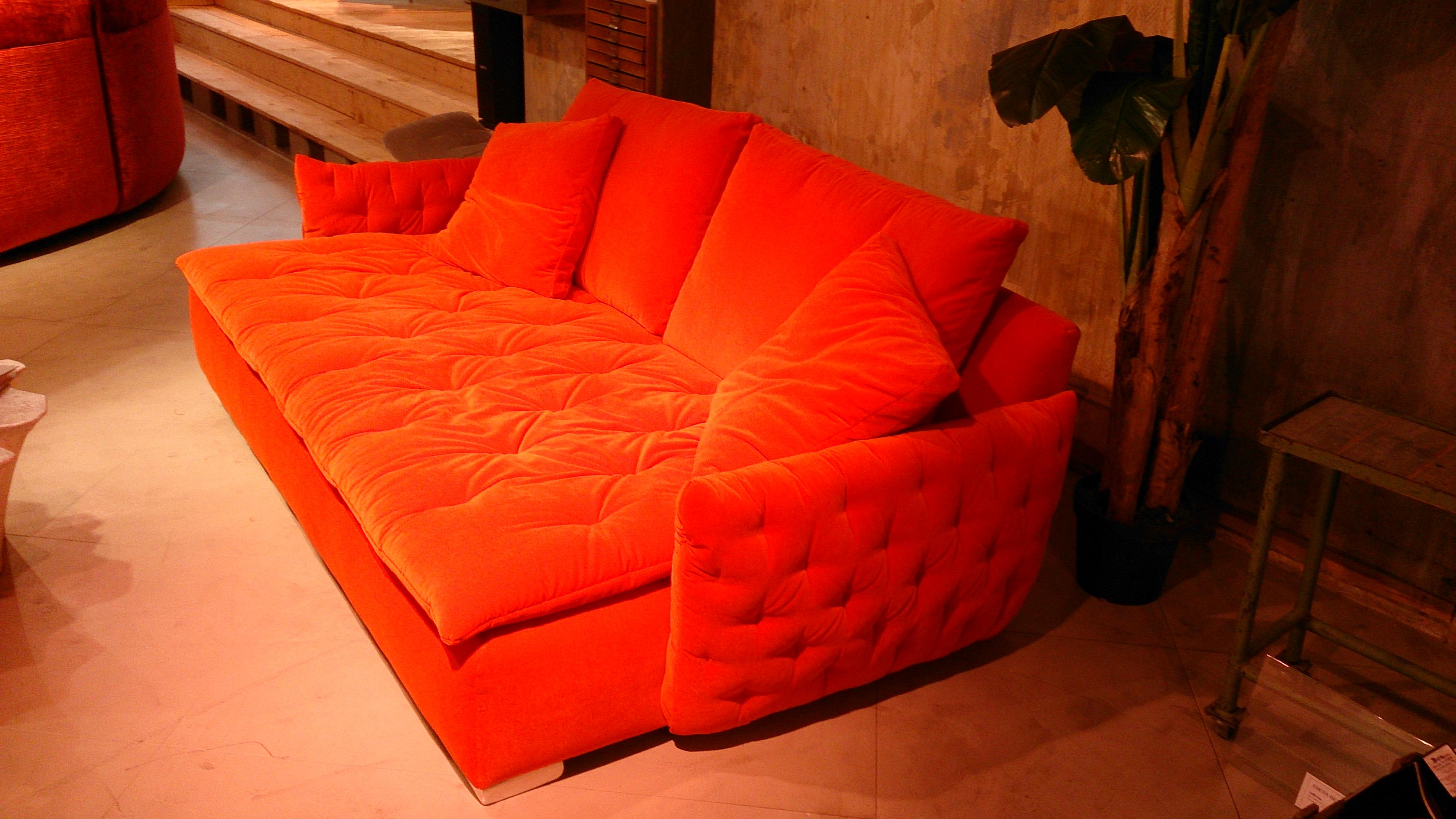dsc 2509 bretz store frankfurt. Black Bedroom Furniture Sets. Home Design Ideas